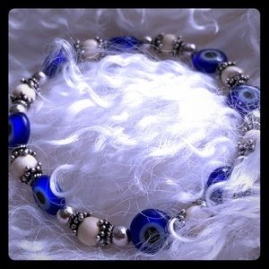 Pretty evil eye gently worn bracelet
